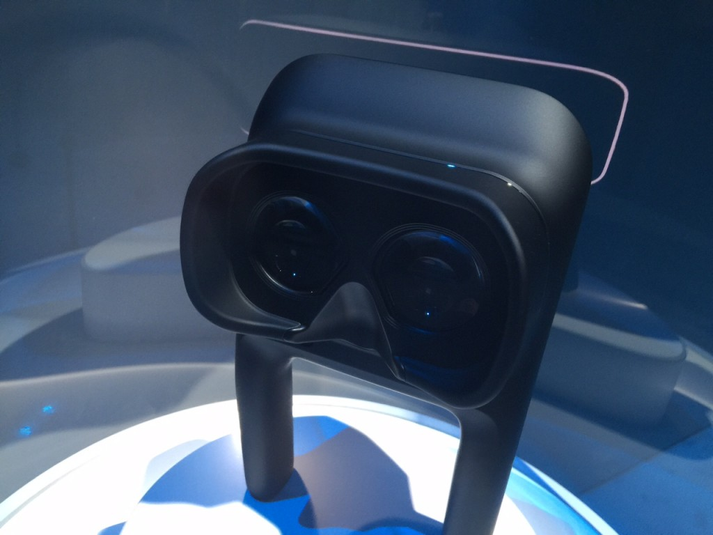 Canon VR Headset Rearview